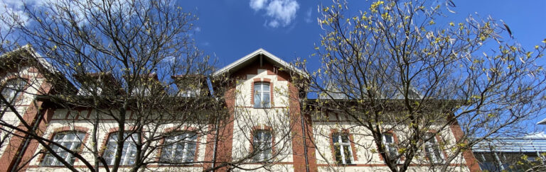Slider-Schule-frontal-Frühjahr